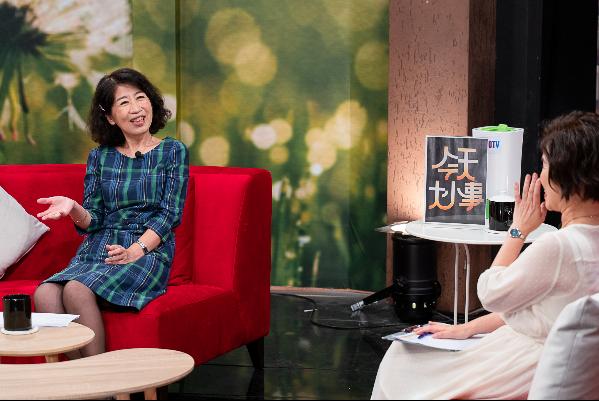 久未露面的台北市長柯文哲妻子陳佩琪日前上節目談育兒經。圖/MOMOTV綜合台「今天大小事」節目提供。