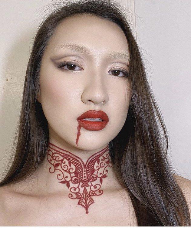 溫翠屏的女兒今年18歲,擅長化妝,技術高超。圖/取自IG