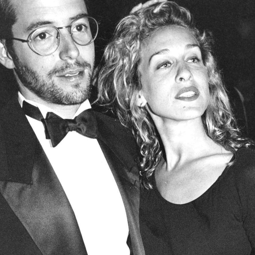 馬修柏德利(左)與莎拉潔西卡派克23年前結婚。圖/摘自Instagram