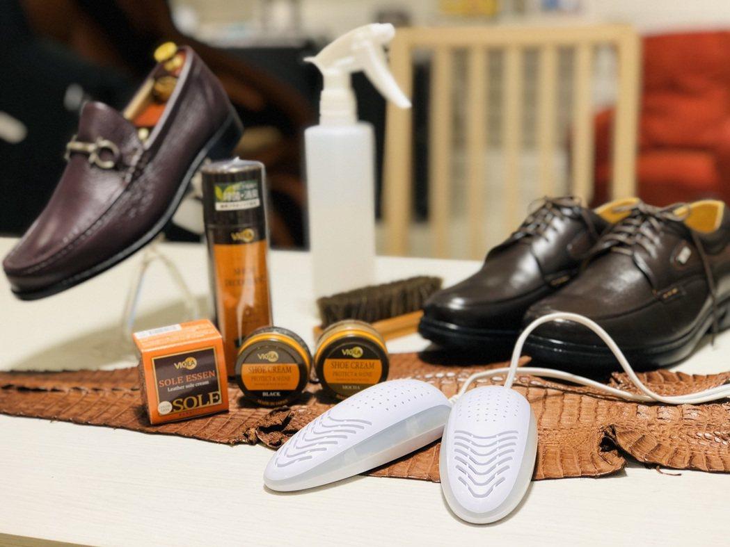 阿瘦皮鞋宣布啟動「雨天對策」,不限任何鞋子品牌,皆可至全國阿瘦門市免費提供乾燥、...