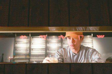 調酒師鄒斯傑:身在這時代活下來最重要