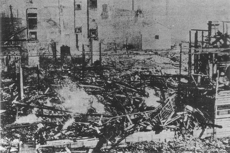 1918年的搶米暴動,神戶知名的被搶米店「鈴木商店」就在鳴尾球場附近。 圖/維基共享