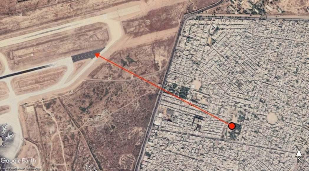 墜機的民宅街區離機場大約只有1公里遠。 圖/Google Map