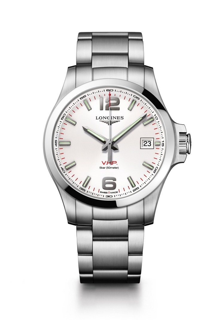 李敏鎬一共在「永遠的君主」中配戴了三款浪琴表,而V.H.P.超高精準度大三針腕表...