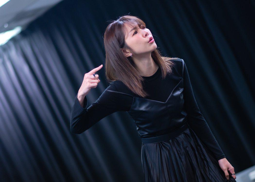 邵雨薇演出舞台劇「昨夜星辰」情緒起伏大。圖/寬宏藝術提供