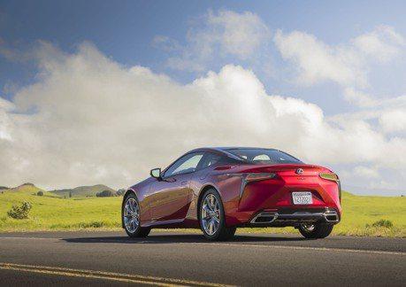 面對競爭激烈的美國豪華車市場 Lexus該如何出招面對?