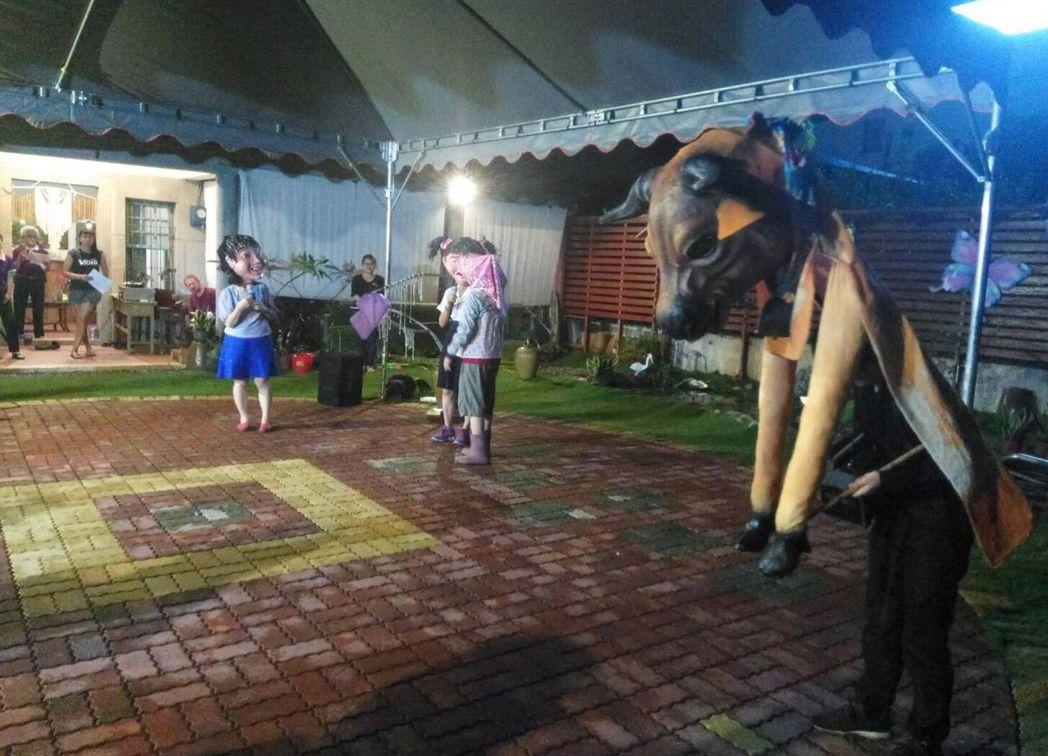 潮州三共社區百年古厝重新改造,5月23日舉辦「細說三共」發表演出,這是屬於三共社...