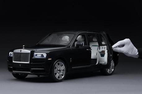 就連模型車也走頂級風 Rolls-Royce Cullinan 1:8小車超精緻!