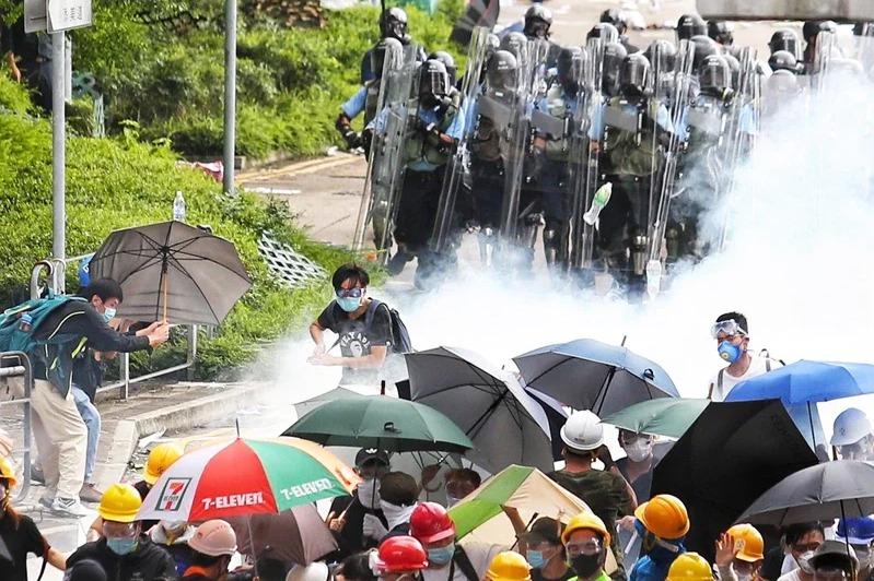 美議員:新版國安法令香港窒息 損及北京自身利益