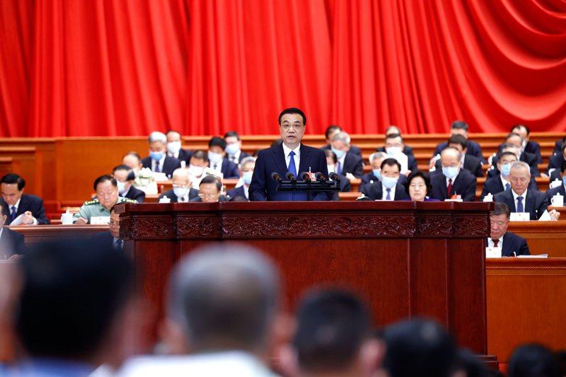 今年政府工作報告涉台部分沒有提九二共識、一國兩制,也沒有和平兩個字。圖/中國政府網