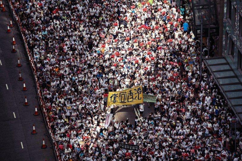 大陸人大宣布制訂「香港國安法」,圖為去年香港反送中運動。法新社