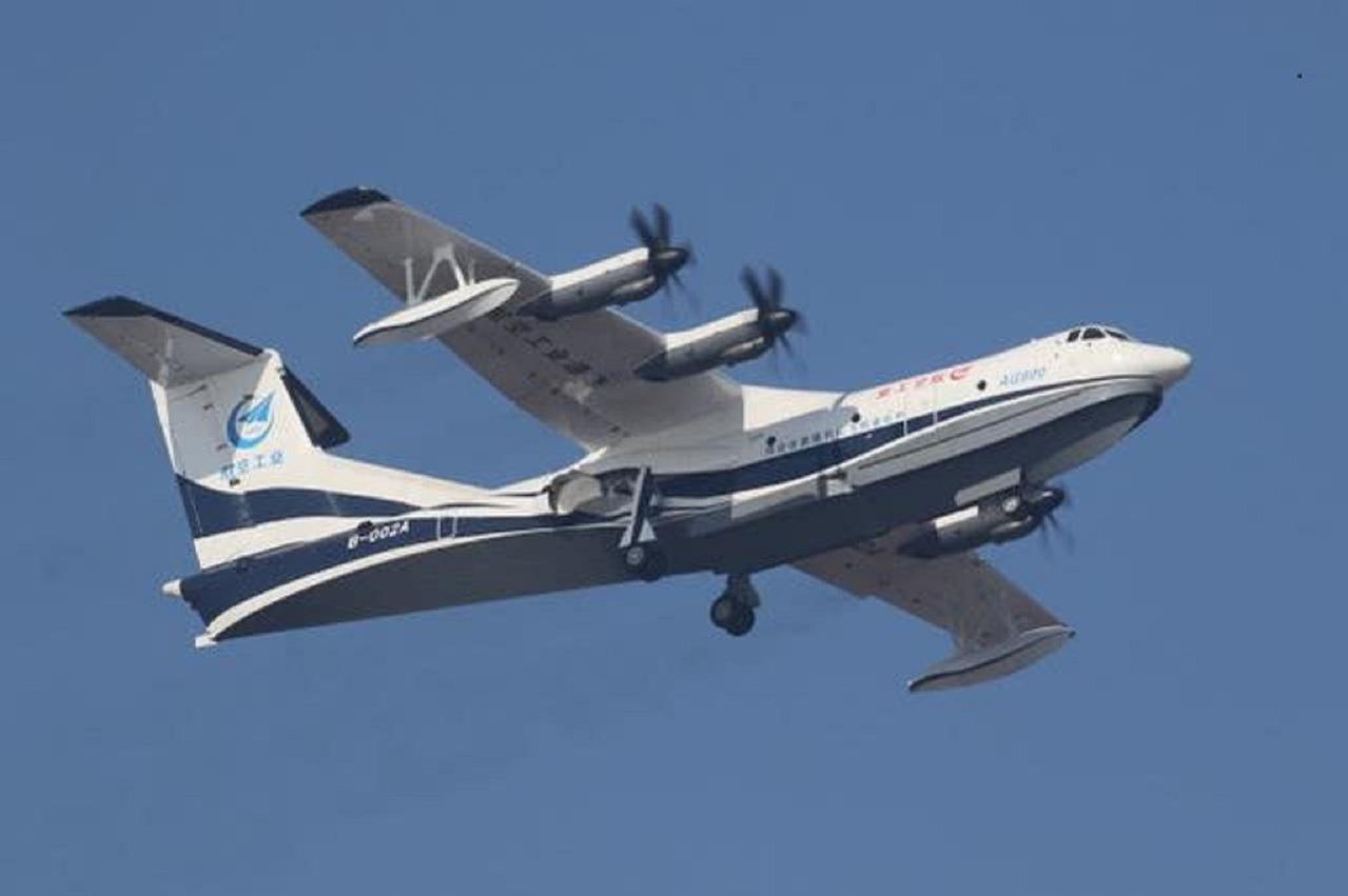 陸製兩棲飛機「鯤龍」AG600 下半年青島海上首飛