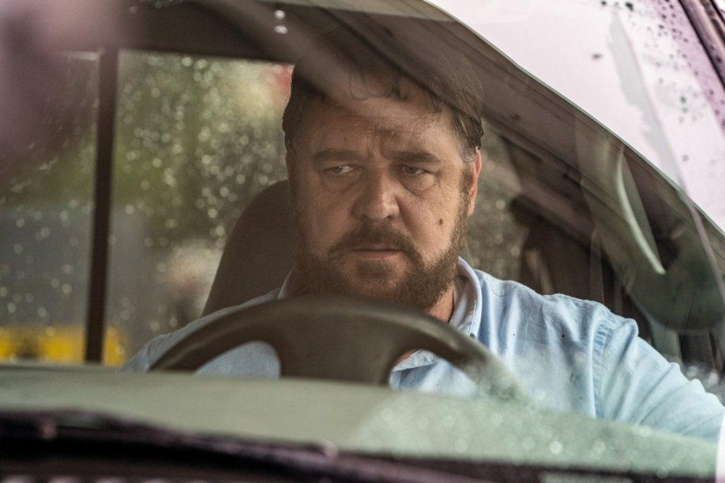 羅素克洛「超危險駕駛」將是美國戲院於七月恢復營業放映的第一部新片。圖/車庫提供