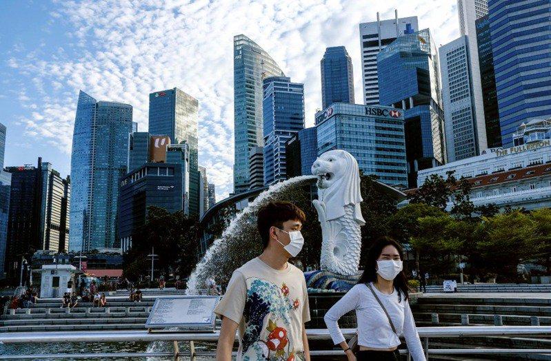 新加坡用人唯贤、精英治国的结果,却在疫情下确诊数一度屡创新高。美联社