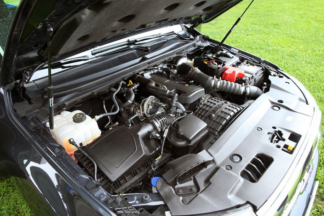 Ford Ranger職人型提供了2.0升柴油渦輪引擎。 記者林澔一/攝影