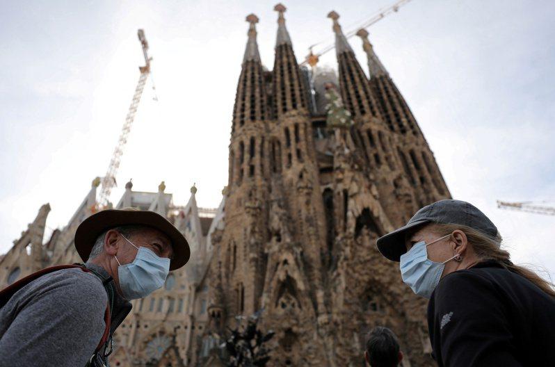 西班牙7月起將重新開放觀光。路透