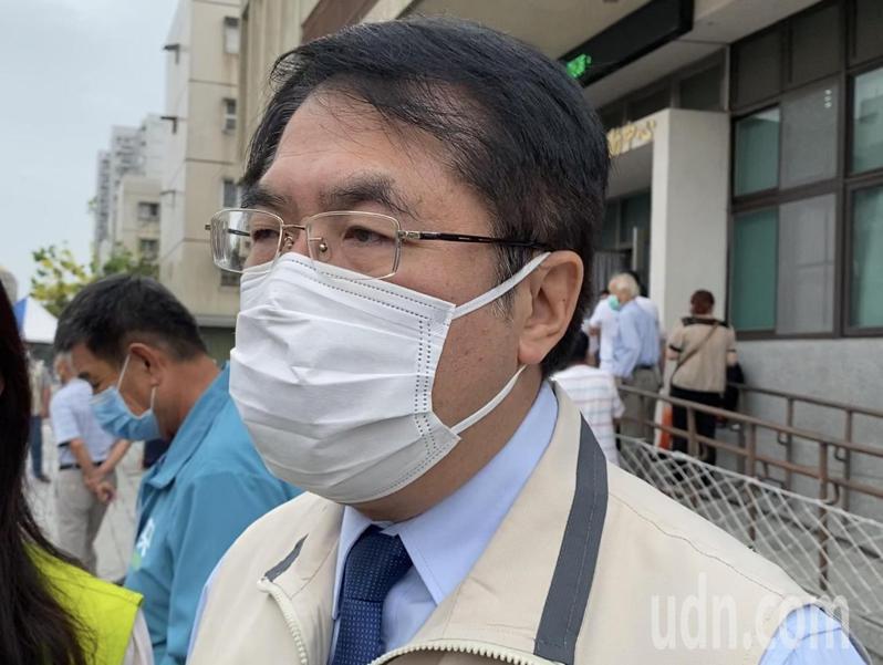 台南市長黃偉哲上午證實已經邀請衛福部長陳時中南下台南,拉抬觀光。記者修瑞瑩/攝影