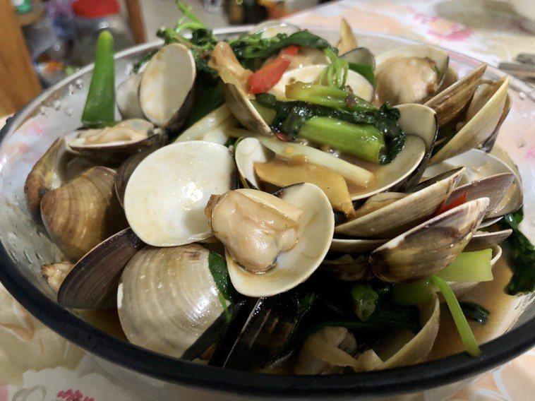 塔香蛤蜊。記者曹悅華/攝影
