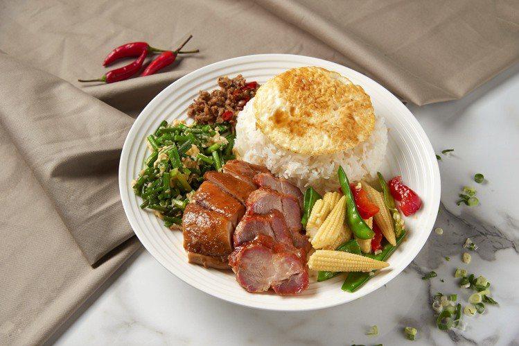 期間內點購22雙拼飯,可加贈港式老火煲湯。圖/D弐拾弐提供