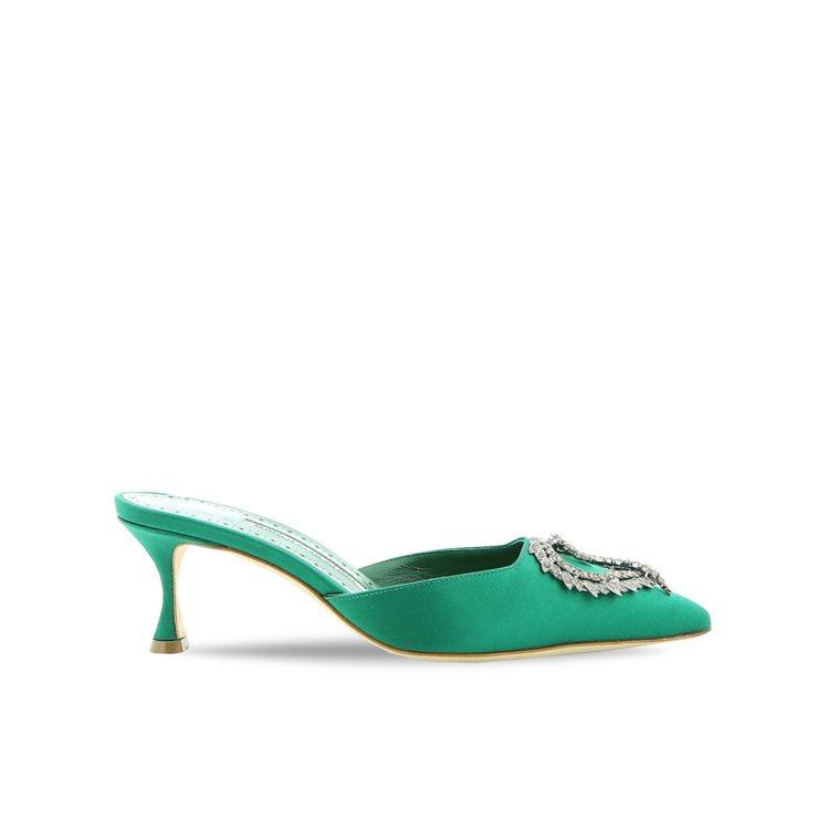 DREAM SATIN穆勒鞋,42,800元。圖/Manolo Blahnik提...