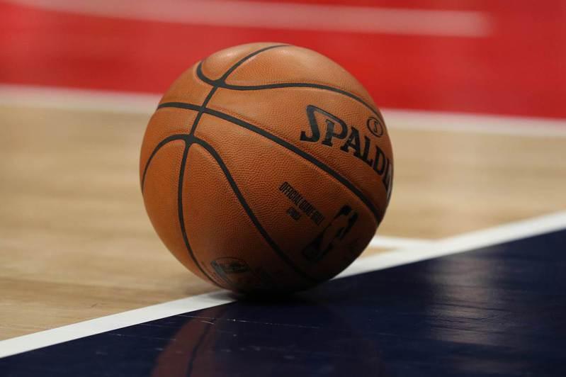 美媒報導,若NBA復賽後要打例行賽,無緣季後賽的球隊將不會受到邀請。 法新社