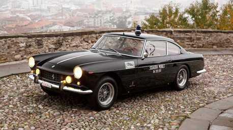 1962年的Ferarri 250 GTE警車 近60歲仍老當益壯!