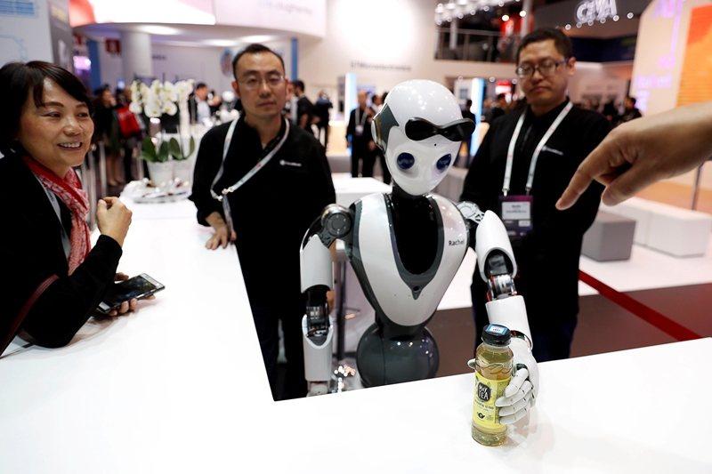 國際知名控股公司軟銀集團(SoftBank)投資的達闥科技,去年已被禁止將技術從美國子公司轉移到北京公司。 圖/路透社