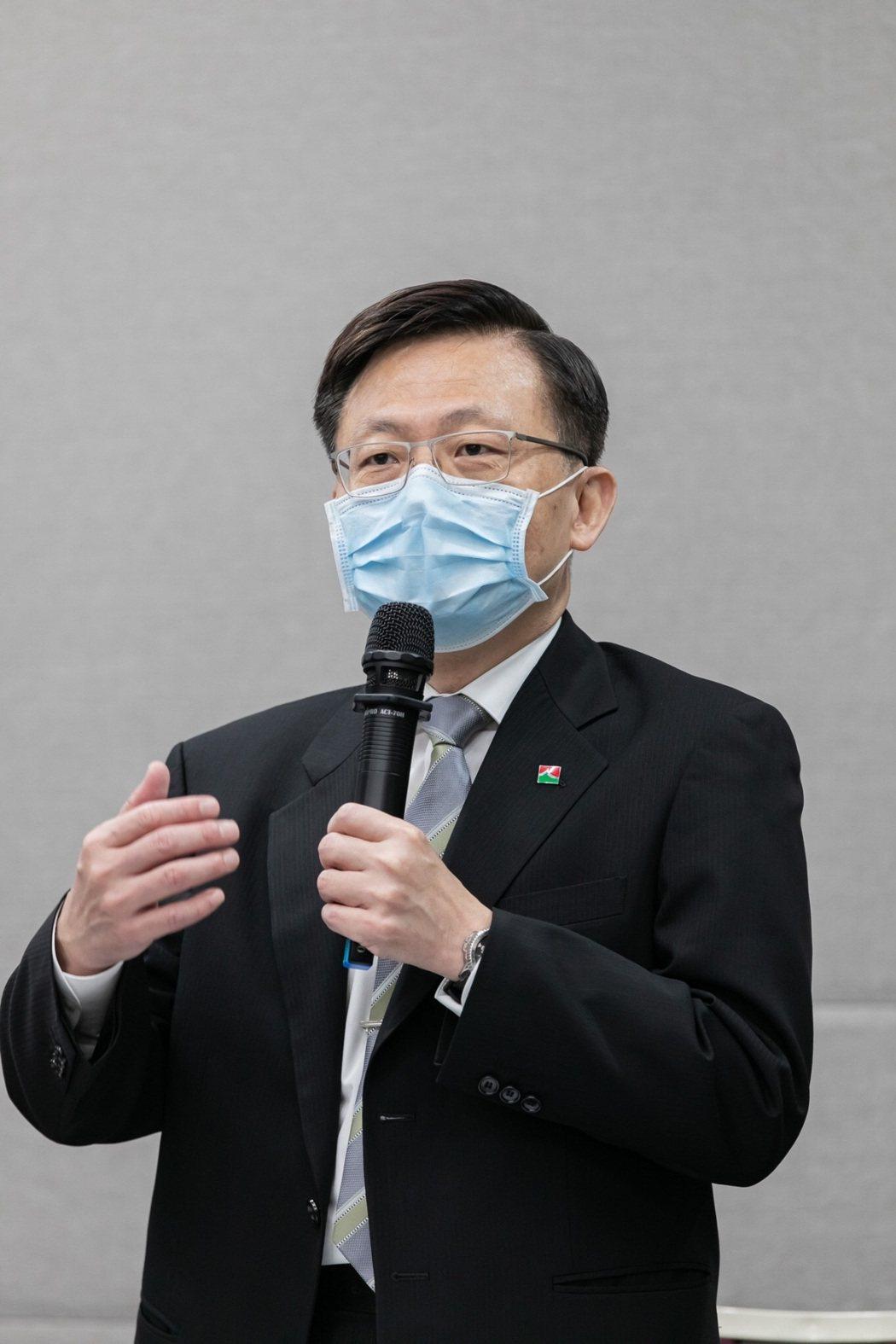 信義房屋董事長薛健平主持109年信義房屋股東常會。 信義房屋/提供