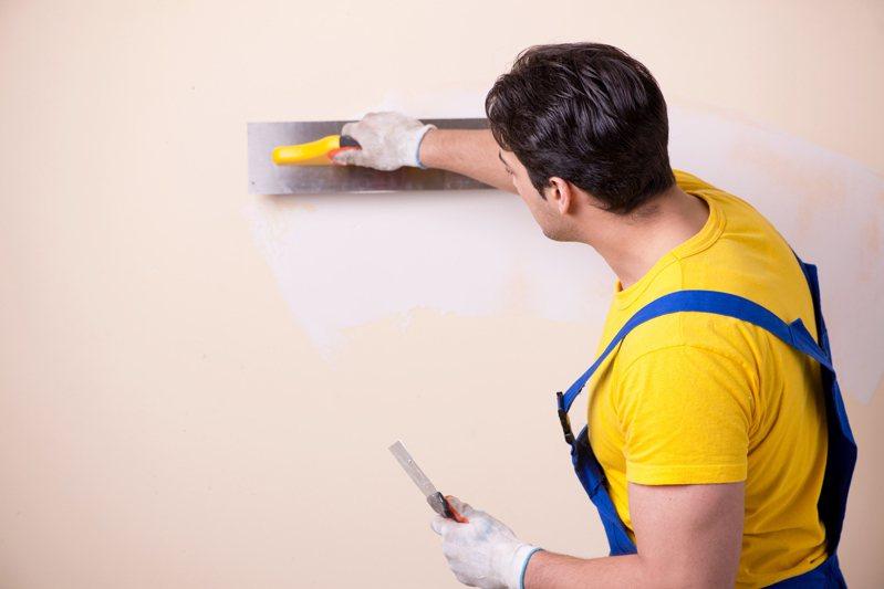 新房裝潢到一半被要求加收清潔費 網曝:曾付10萬保證金