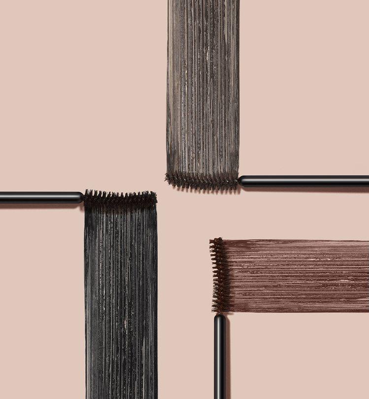睫對出色豐盈捲翹睫毛膏推出黑、灰、棕3款實用性高的色系。圖/Etude Hous...