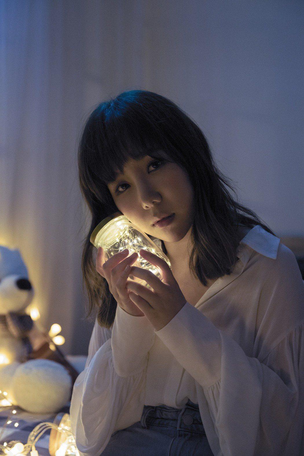 魏妙如推出新歌「當一顆星墜落」。圖/Ruth Music 如此音樂提供