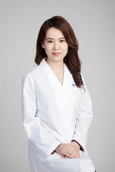 嘉義基督教醫院家醫科主治醫師李安婷。圖/李安婷提供