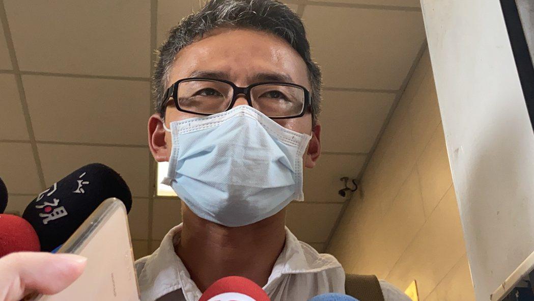 吳朋奉的經紀人受訪表示,他是因腦中風離世。記者柯毓庭/攝影