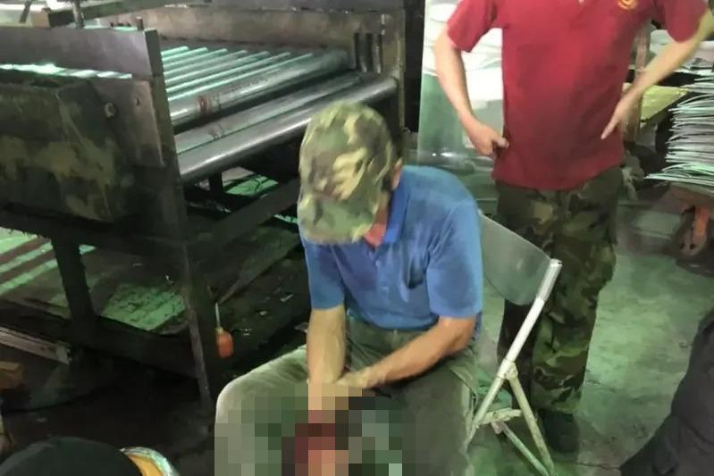 台南下午再傳機器夾手工安意外 工人手掌血肉模糊
