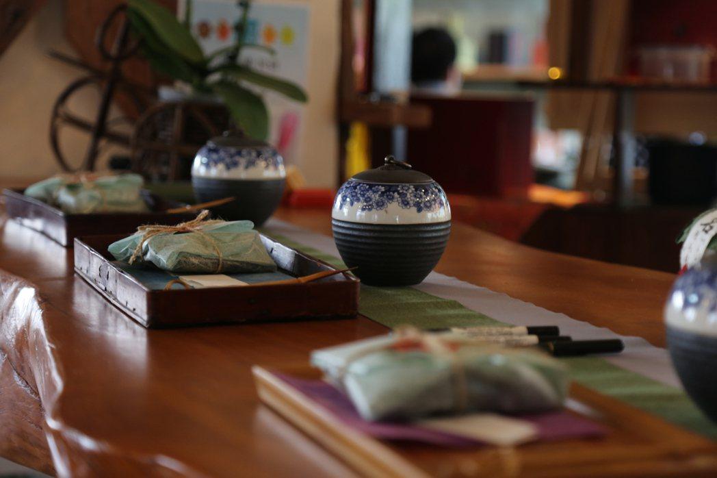 瑞里王鼎茶園手作區。