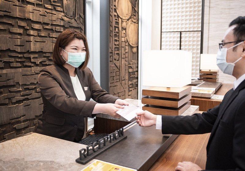 即日起,萬豪旗下7家直營飯店,退房就送千元抵用券。 業者/提供