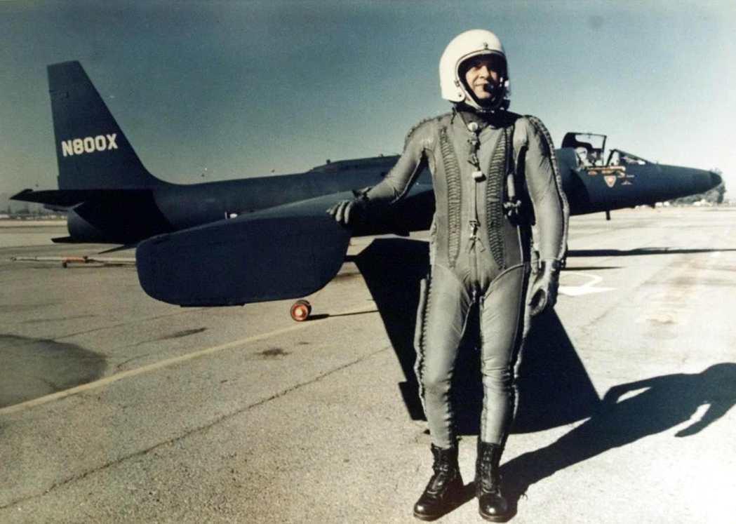 冷戰期間,美國總統艾森豪曾與蘇聯領導人赫魯雪夫提議「開放天空」的概念,但雙方短暫...