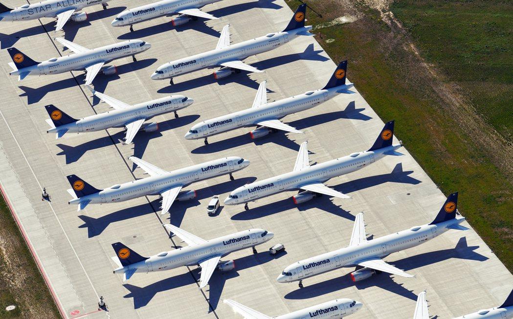 聯邦政府將取得漢莎航空20%的股份,這也是漢莎航空自1990年代末邁入私有化後,...