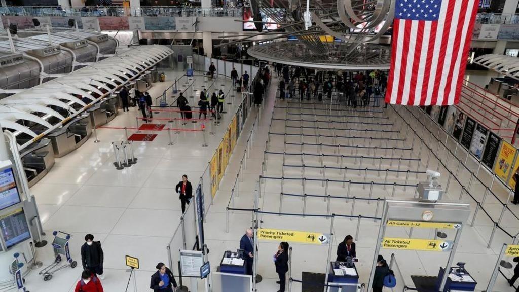 疫情中的美國紐約肯尼迪機場。 路透