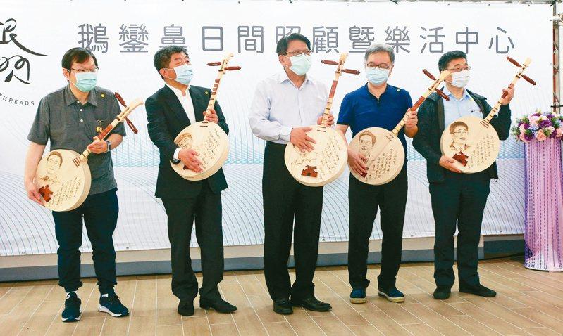 衛福部長陳時中團隊抗疫成功,成為各縣市爭邀請活絡經濟的「最佳代言人」。 圖/聯合報系資料照片