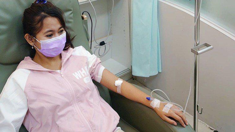 妮娜每週都要回診,評估是否需要輸血。圖/台灣國際勞工協會提供。