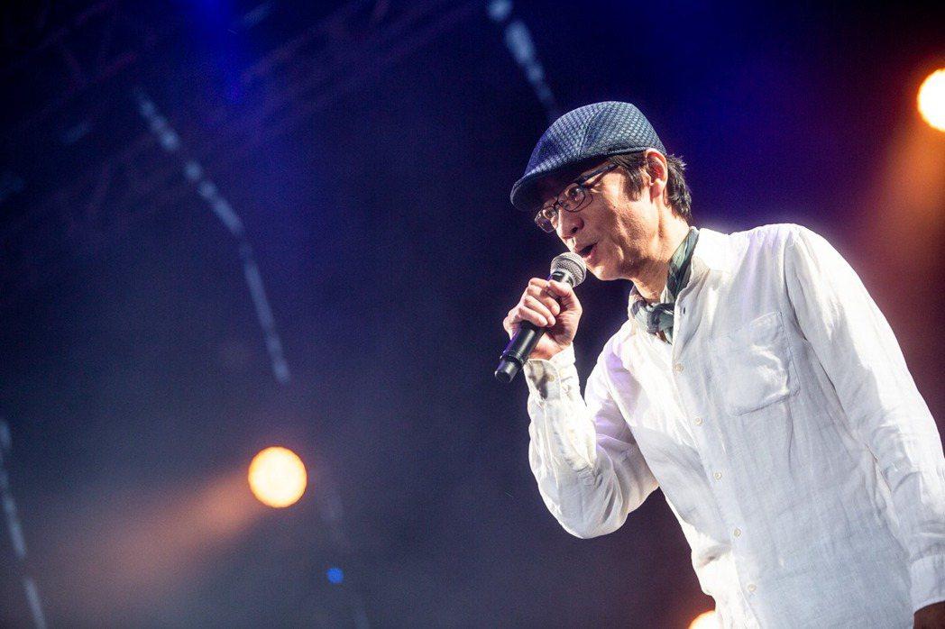 吳朋奉曾登上大港開唱舞台。圖/摘自臉書
