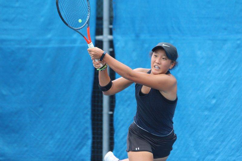 紐西蘭籍的16歲小將Tina Marie Li來台學網球。圖/中華網球協會提供