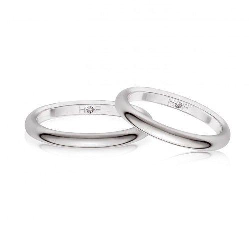 Simple love鉑金戒指。 圖/Tatler Taiwan提供