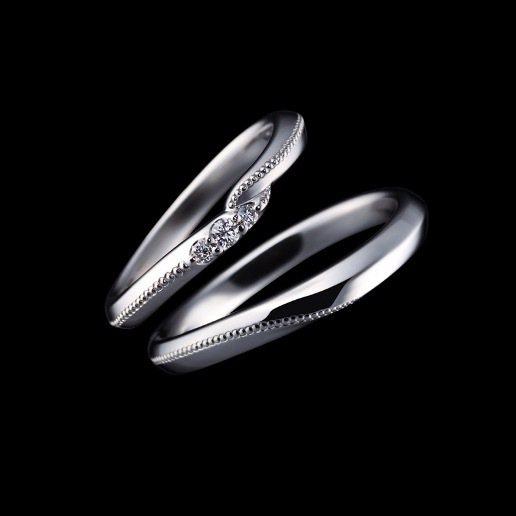 Exelco Diamond的Coronet鉑金對戒。 圖/Tatler Tai...