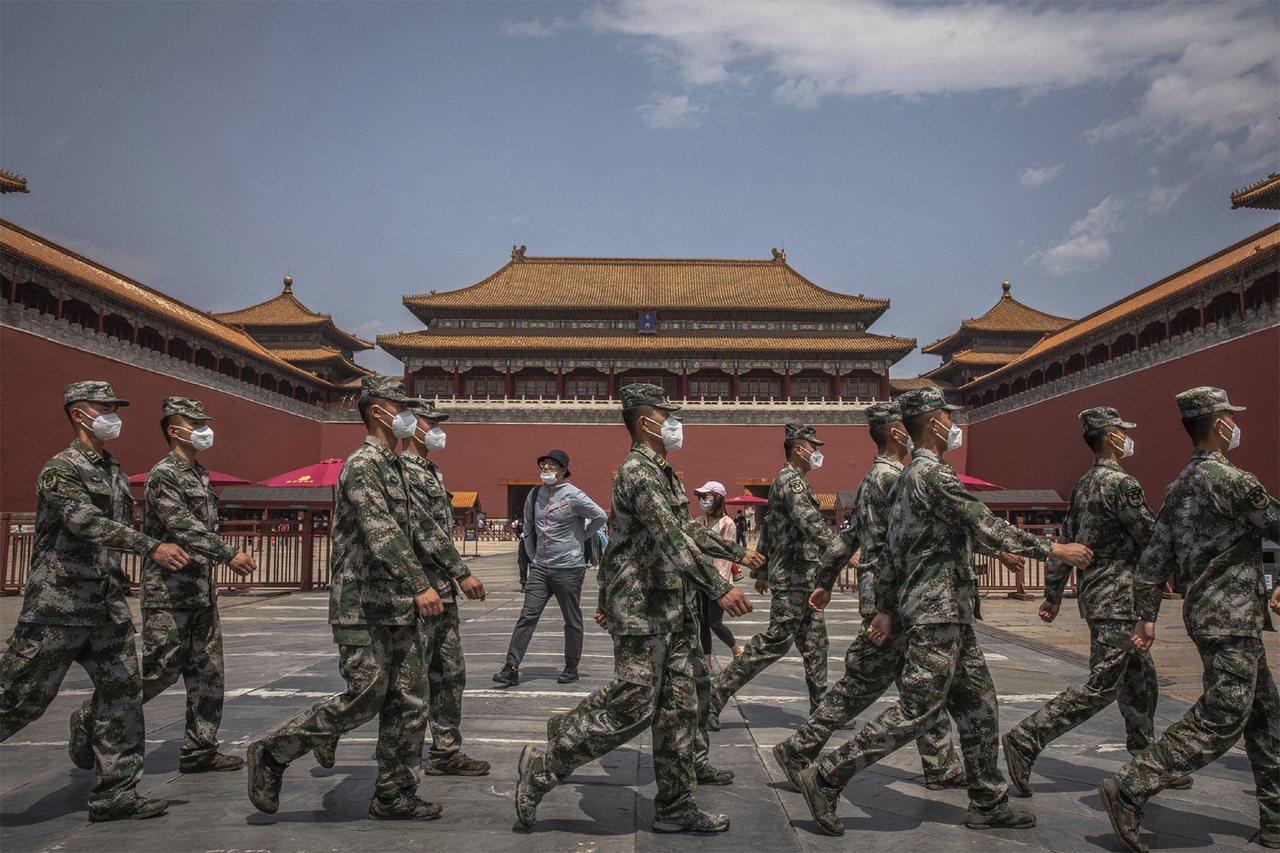 前中國軍官稱「解放軍根本沒能力攻台」直言:就算登島,多數人會選擇 ...