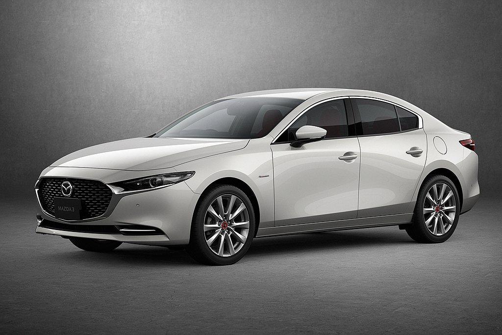 日規Mazda 3 Sedan 100周年特別記念車,不僅能搭配所有動力,外觀與...