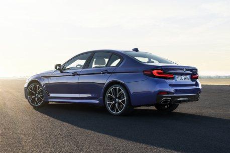 Touring首度搭載插電動力 小改款BMW 5 Series韓國世界首發!