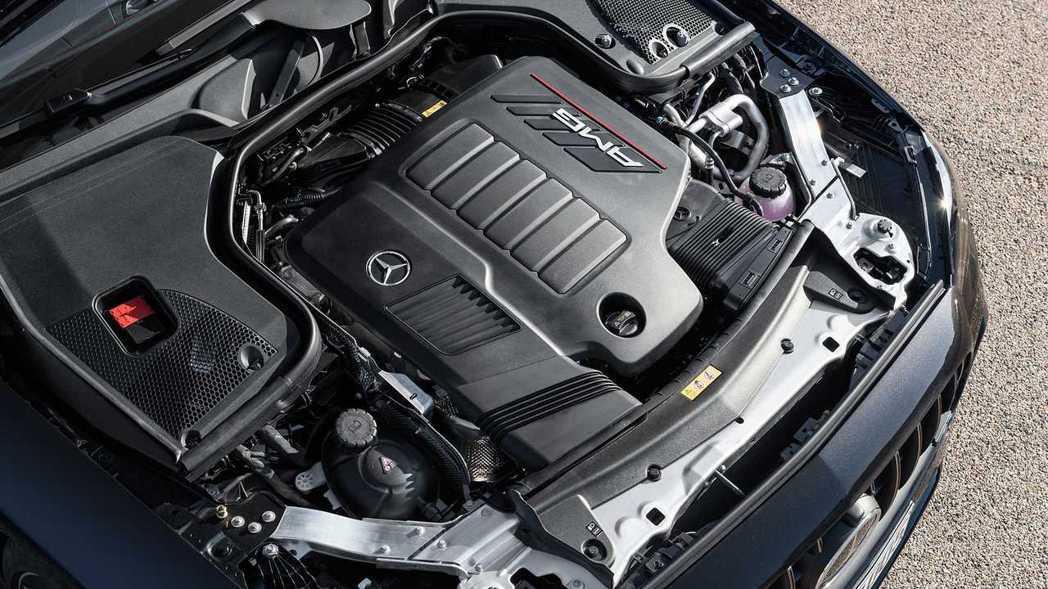 AMG E53同樣使用3.0直六引擎,但輸出提升至429hp、53kgm。 摘自...