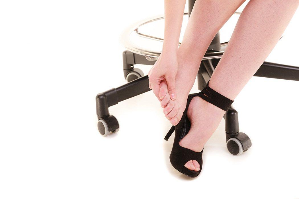 新鞋子磨腳怎麼辦? 示意圖/ingimage